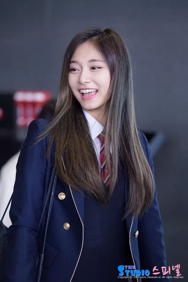 Tzuyu Shines In School Uniform Daily K Pop News