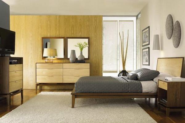 Kamar tidur besar sederhana