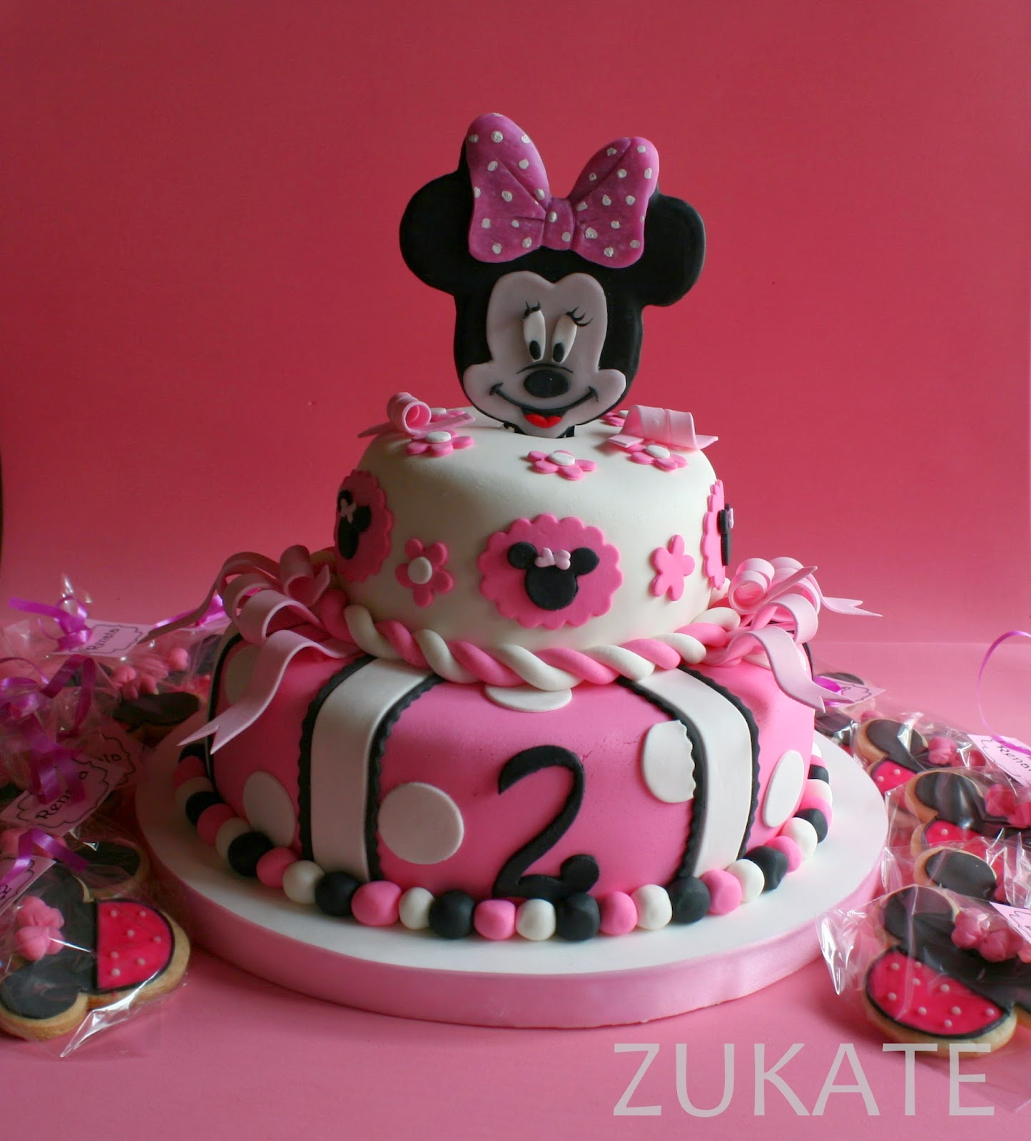 Tortas Decoradas Con Minnie Mouse Torta Y Galletitas De Minnie Mouse Para Renata | Zukate