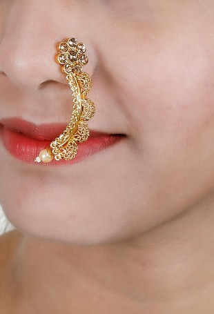 Latest Gold Nose Pin Designs