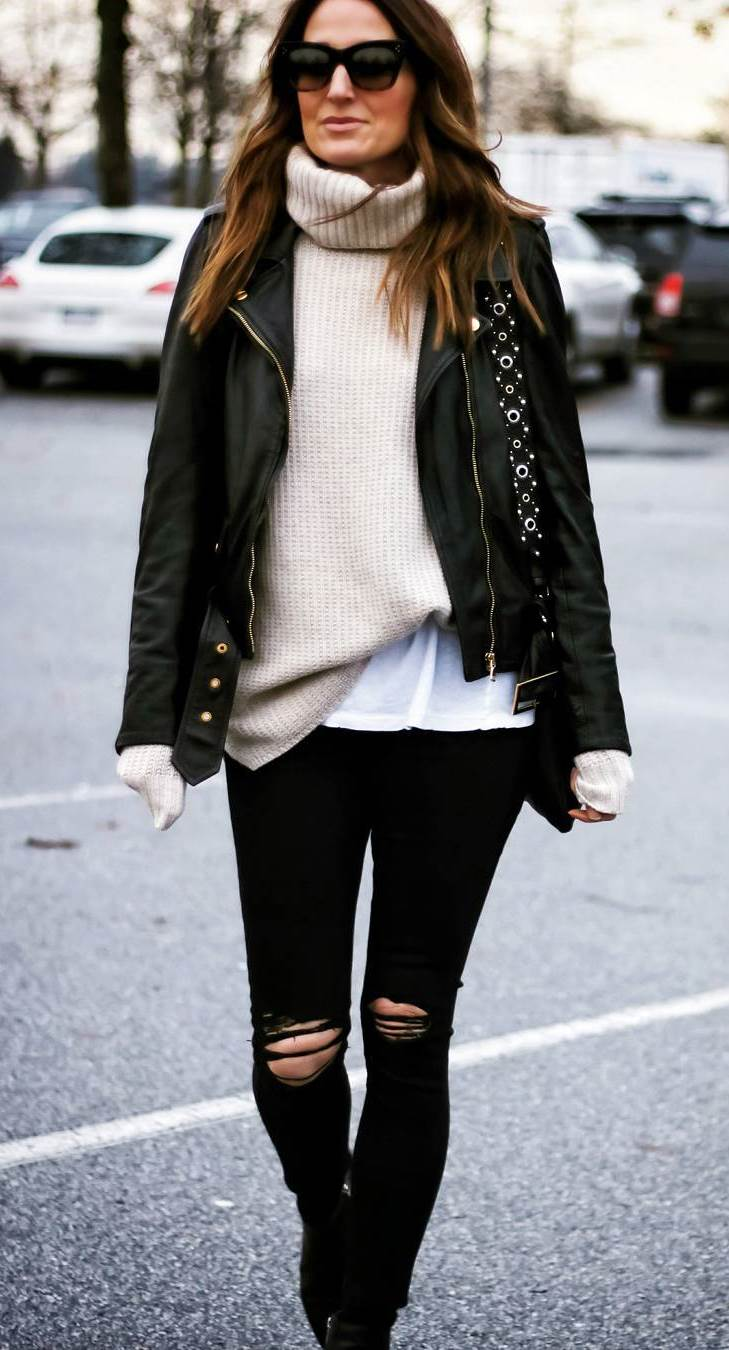 awesome fall outfit / black leather jacket + white sweater + bag + skinny jeans