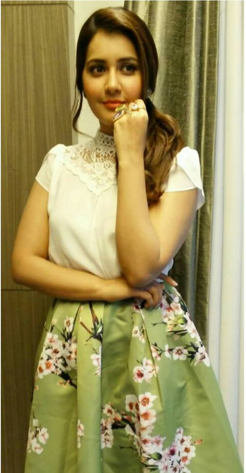 South Indian Hot Actress Rashi Khanna Unseen Photos In Mini White Skirt