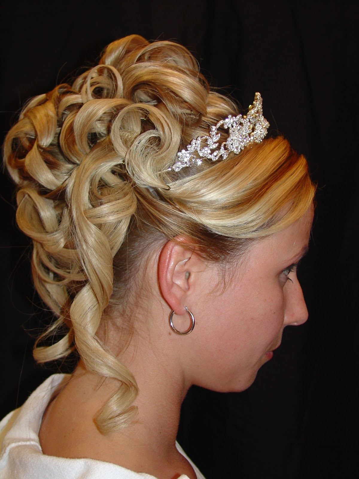Hairstyles for Women: Cute Prom Hairstyles For Women 2012