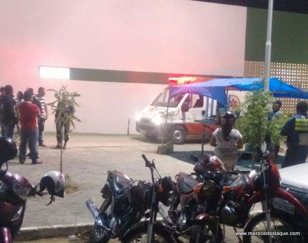 Cinco jovens são baleados no Distrito de São Domingos e um deles morre na UPA