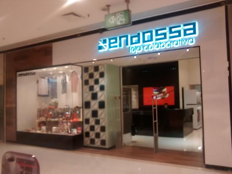 """Já viu uma loja """"colaborativa""""? Conheça a Endossa e seu interessante conceito."""