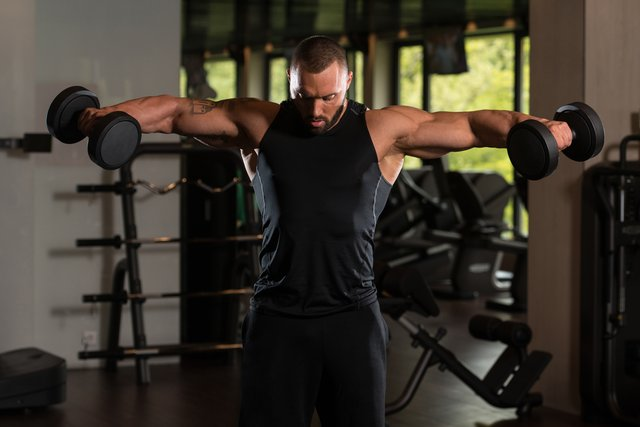 How to build #muscle definition in 4 simple steps