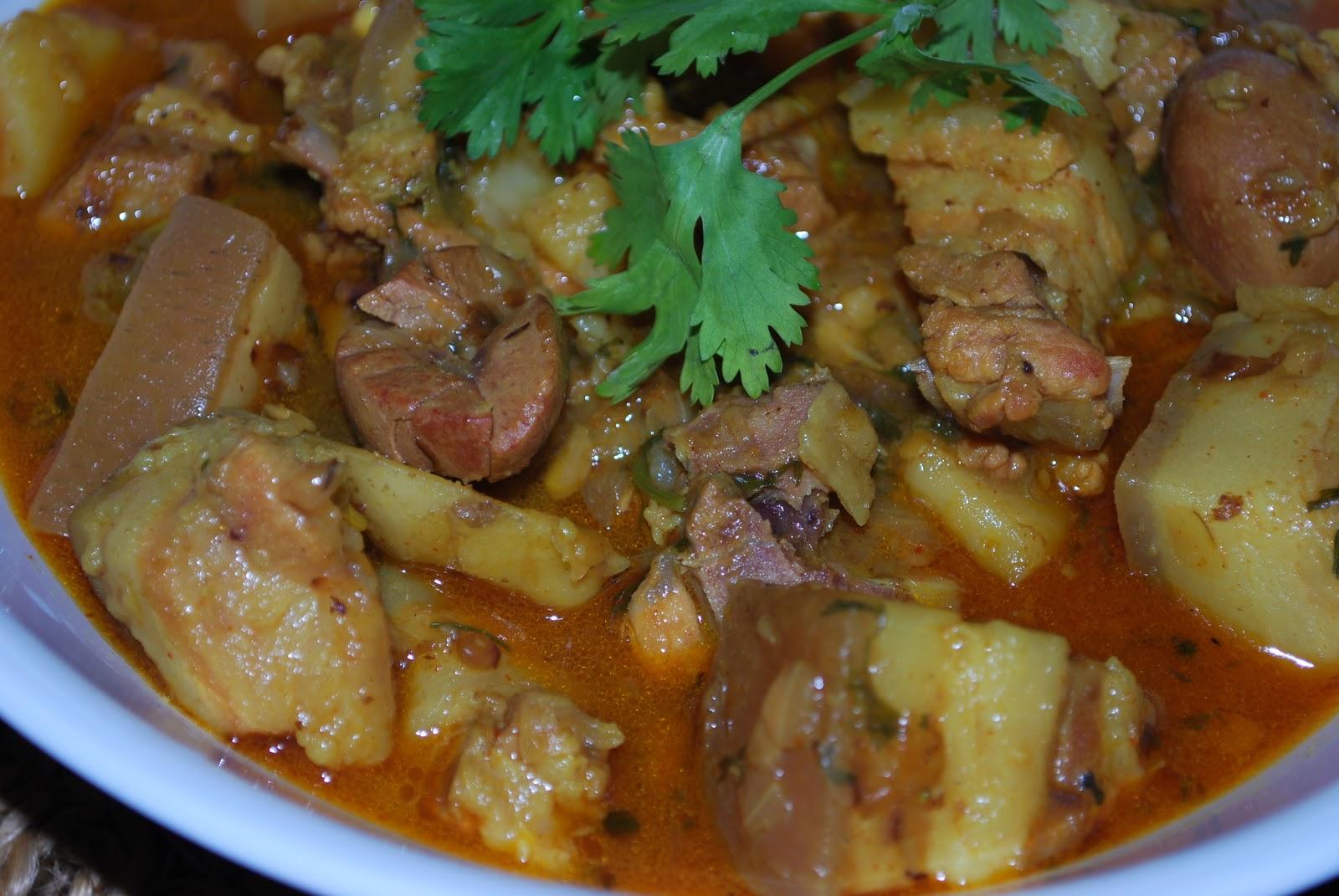 Pan cuisine pork naga estyle forumfinder Choice Image