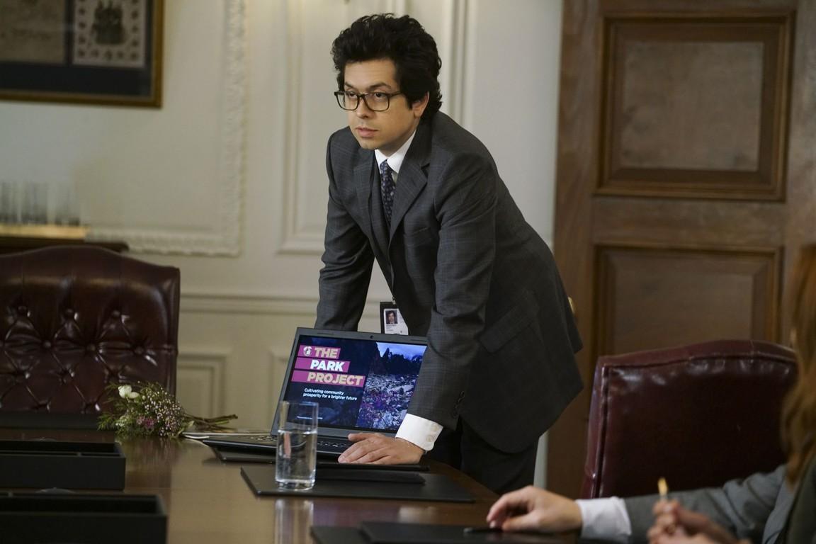 Madam Secretary - Season 2 Episode 21: Connection Lost