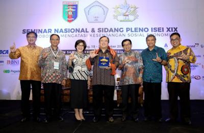 Ini Rekomendasi Hasil Seminar Nasional dan Sidang Pleno ISEI XIX di Lampung