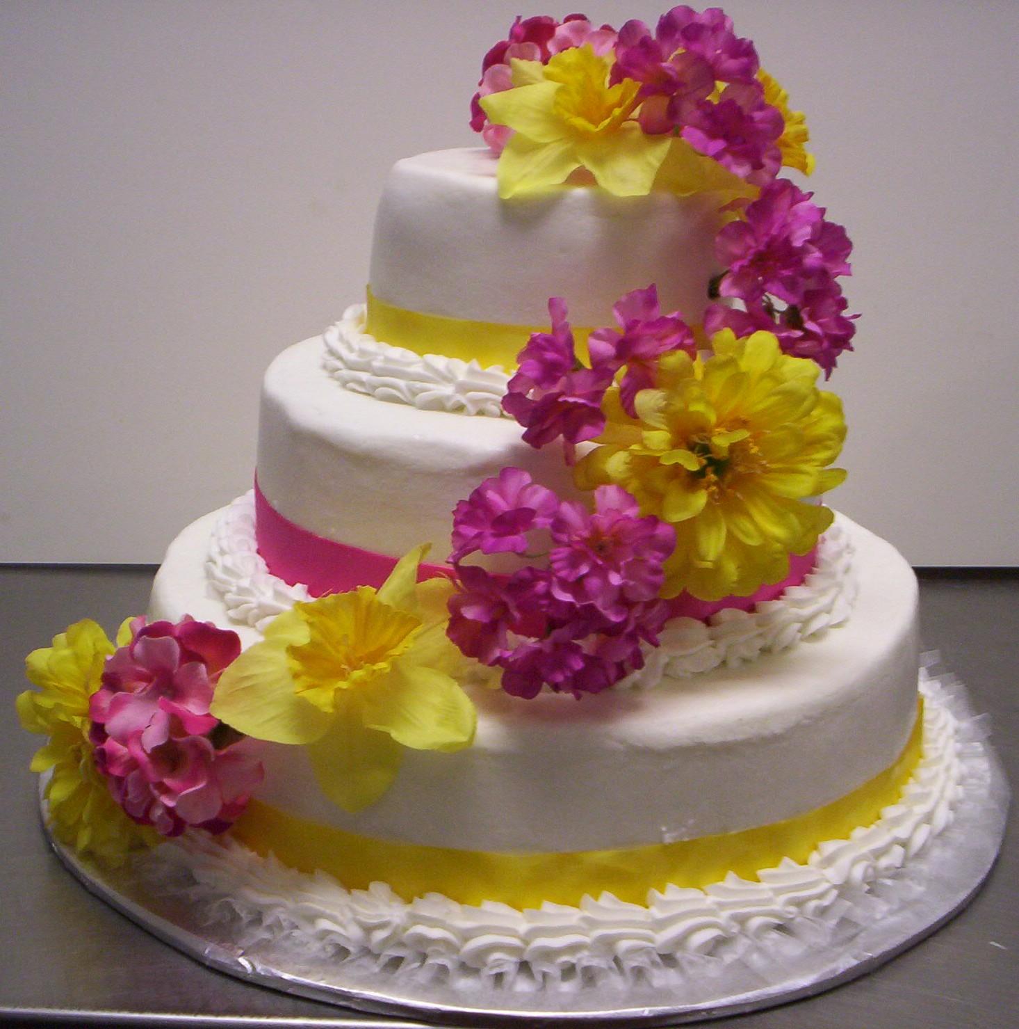 Wedding Cake Ideas: Wedding Dresses: Summer Wedding Cake