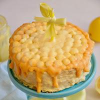 Bolo de limão com curd de limão