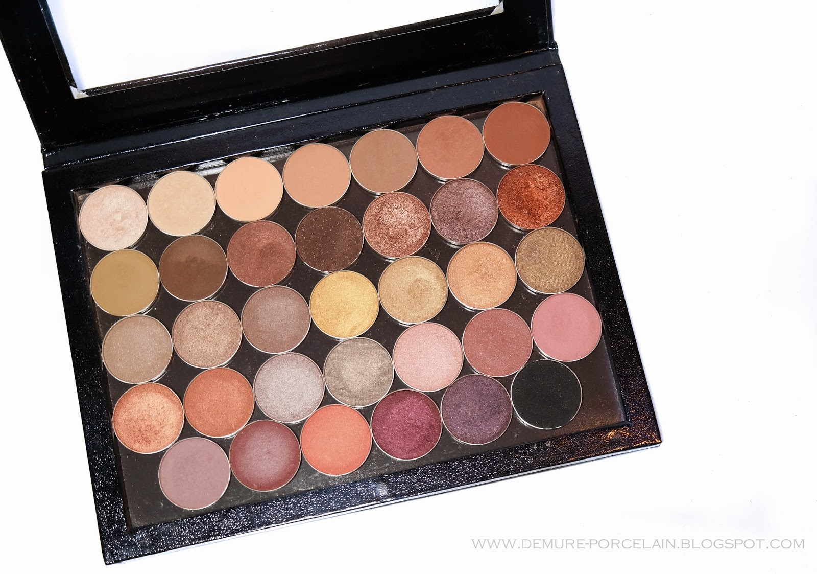 I Ve Really Warmed To The Idea Of Purchasing Single Pan Eyeshadows Ever Since Started My Makeup Geek Eyeshadow Collection Think Building Your Own