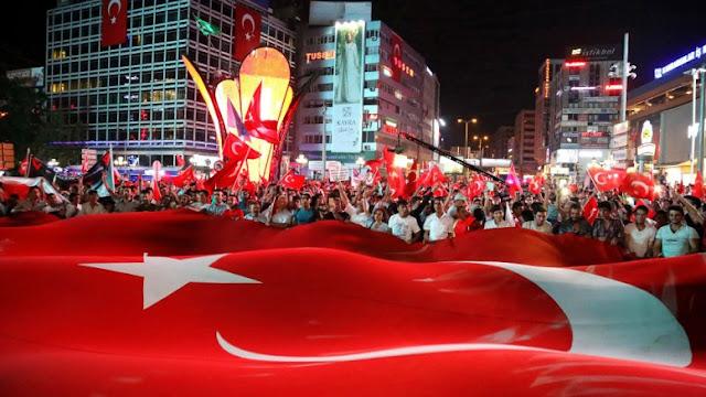Ένας ολόκληρος λαός είναι όμηρος στην Τουρκία: Πως θα ήταν η χώρα μετά το πραξικόπημα;