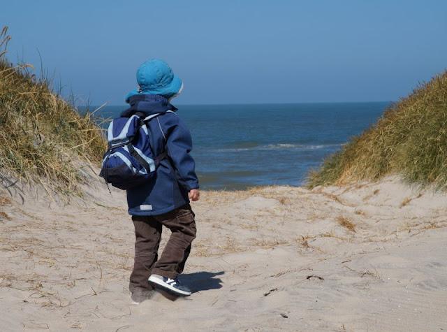 Vom Glück der Anreise nach Dänemark. Am ersten Tag geht es natürlich noch an den Strand mit den Kindern.