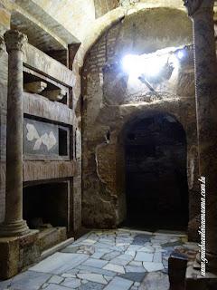 catacumba cripta papas sao calixto guia portugues roma - Catacumbas de São Calixto na Via Appia