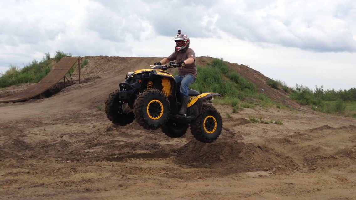 Can Am Renegade 800 >> Sask Trail Riders Atv Review Can Am Renegade 800