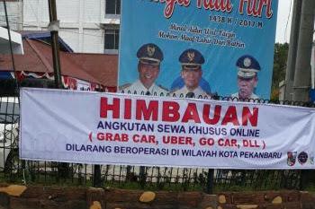 Apa dan Siapa di Balik Larangan Transportasi Online di Pekanbaru