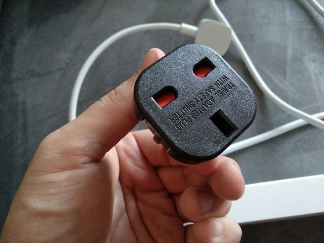 Adaptador UK EU
