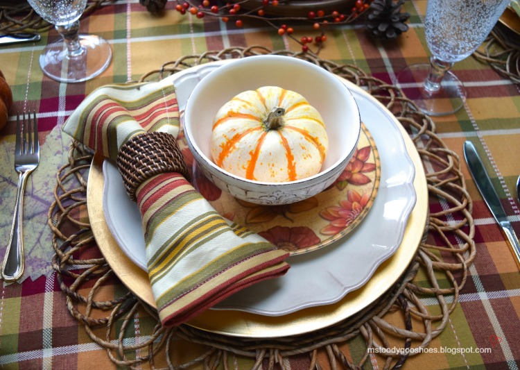 Fall Tablescape - Ms. Toody Goo Shoes