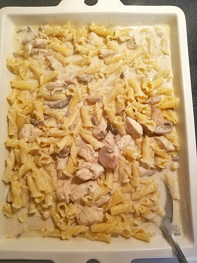 the sauce with pasta and chicken to make mac and cheese casserole