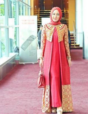 baju muslim kombinasi celana panjang berhijab