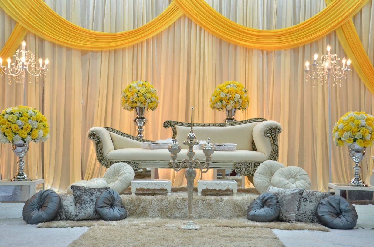SM WEDDING AND DECOR: Pelamin Dewan Pakej Dr SM Wedding