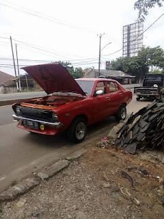 Jual Sedan Jadul Datsun  120Y Tahun 75