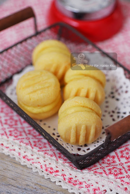 melting moments yoyo biscuits German cookies