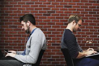 9 Bisnis Untuk Mahasiswa Teknik Informatika Modal Kecil Yang Menguntungkan