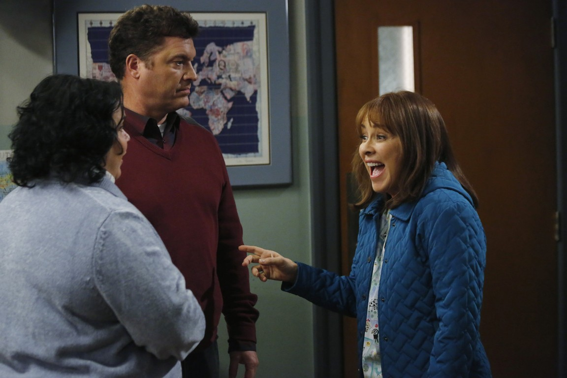 The Middle - Season 5 Episode 12: The Carpool
