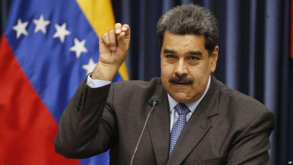 Maduro se molestó con un reportero cuando fue consultado sobre el caso de los bomberos de Mérida / AP