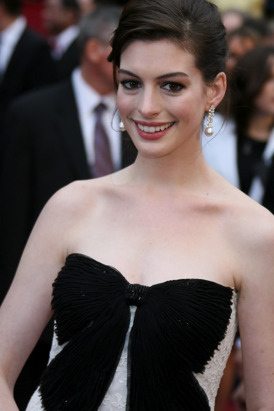 Anne Hathaway pictures gallery (13) | Film Actresses Anne Hathaway