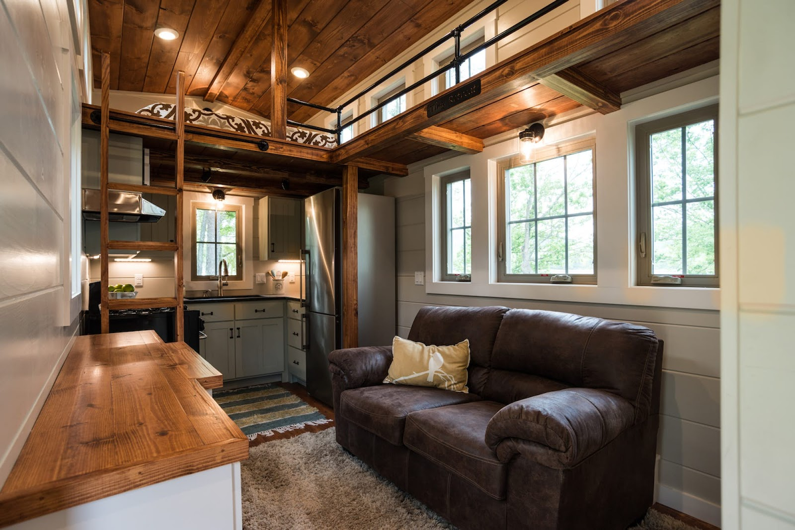 Tiny Home Designs: TINY HOUSE TOWN: The Retreat From Timbercraft Tiny Homes