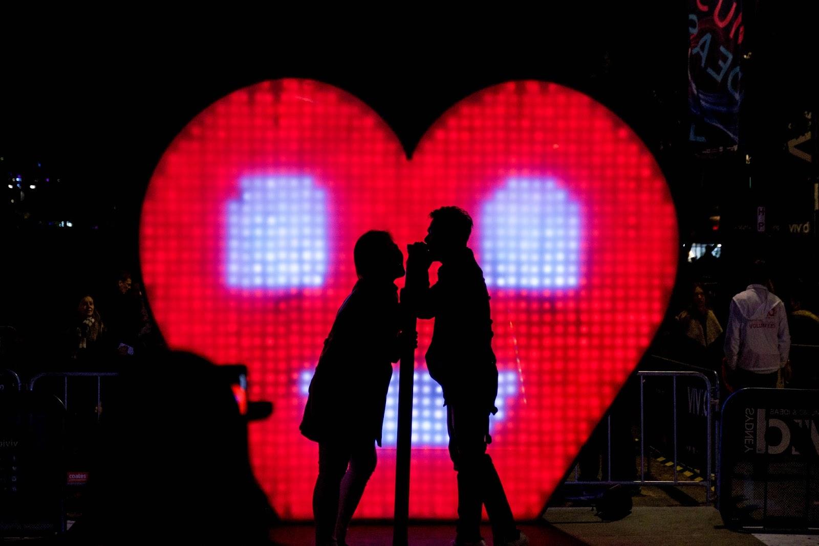 Radio hiili ajoitus dating tehdään arvioimalla näyte