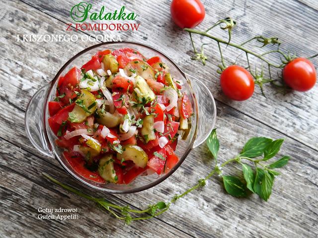 Sałatka z pomidorów i kiszonego ogórka - Czytaj więcej »