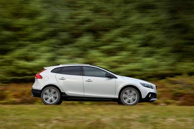 Volvo V40 Cross Country Indonesia