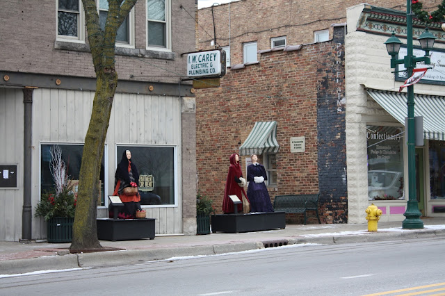 Dickens characters populate Antioch, Illinois during the holidays