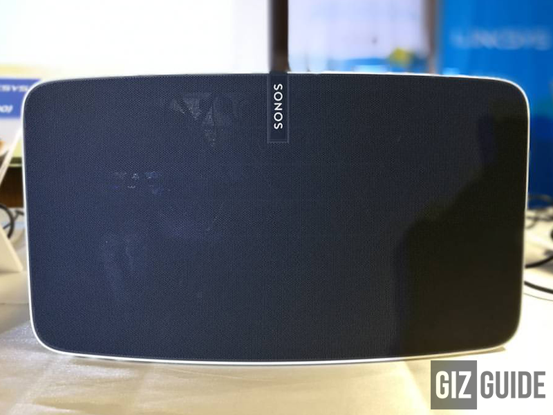 Here's how the Sonos Play:5 looks in person