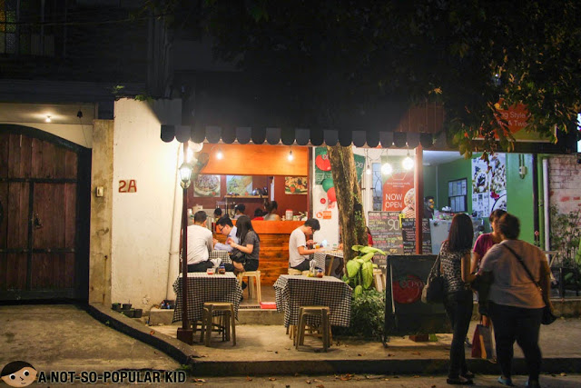 Hole-in-the-Wall Restaurant in Kapitolyo called Pomodoro Pizza