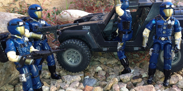 1998 Cobra Trooper, Toys R Us Exclusive, 1984 Stinger