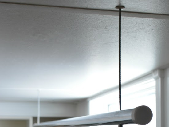 DIY Suspended Clothes Drying Rod