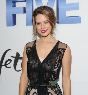 are shane west and lyndsy fonseca dating