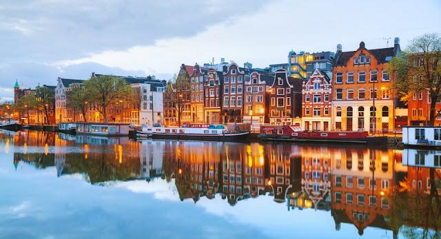 Amsterdam'da Uygun Fiyatlı Yemek Yerleri