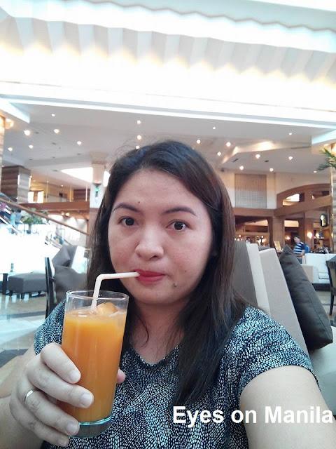 Century Park Hotel Manila: Complimentary drinks