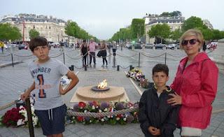 Arco de Triunfo de París, Tumba del Soldado Desconocido.