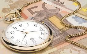 Η κυβέρνηση αγοράζει (πανάκριβα) χρόνο