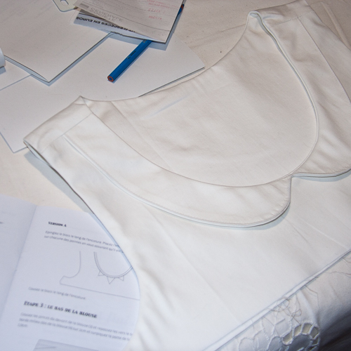 Datura Col claudine en coton blanc