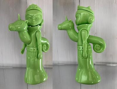 Stella & Flux Debut Blank Green Edition Vinyl Figure by Tara McPherson x Circus Posterus x Tomenosuke