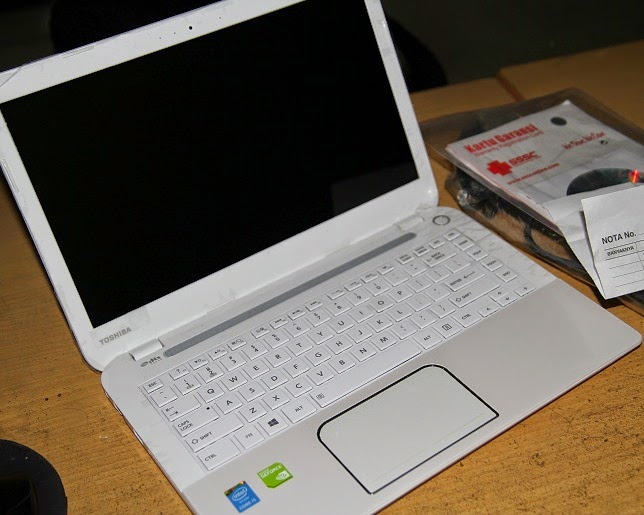 jual laptop toshiba l40-a seri gaming