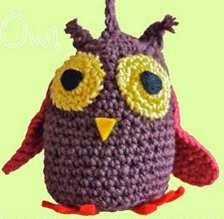 http://squishychocolate.blogspot.com.es/2010/12/uil-gratis-kerst-haakpatroon.html